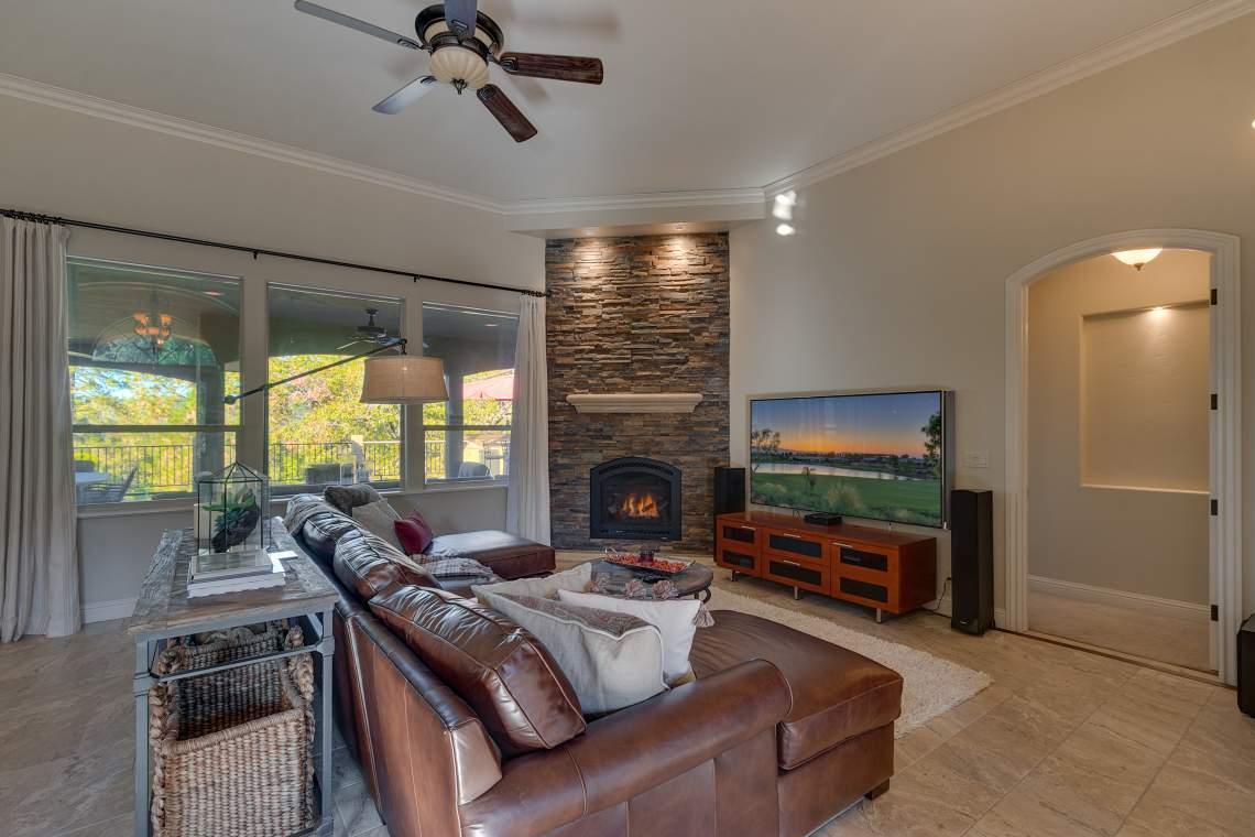 11492-Deer-Creek-Ln-Nevada-print-012-003-Living-Room-4200x2800-300dpi