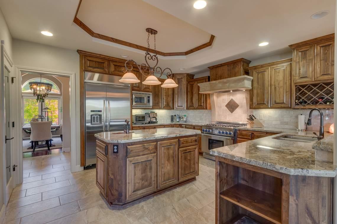 11492-Deer-Creek-Ln-Nevada-print-015-012-Kitchen-4200x2800-300dpi