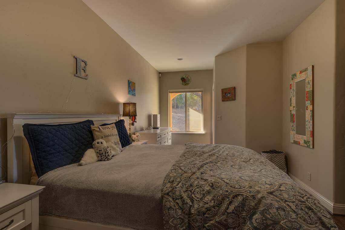 11492-Deer-Creek-Ln-Nevada-print-028-023-Bedroom-4200x2800-300dpi