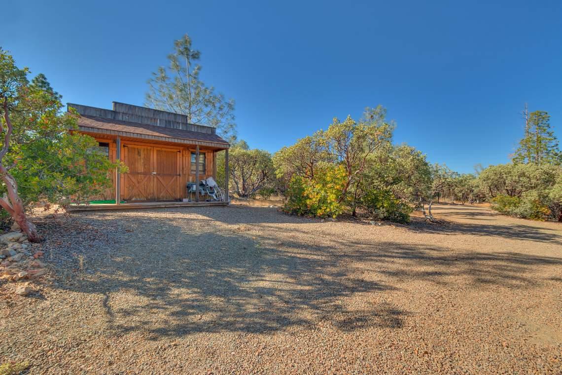 11492-Deer-Creek-Ln-Nevada-print-035-035-Saloon-4200x2800-300dpi