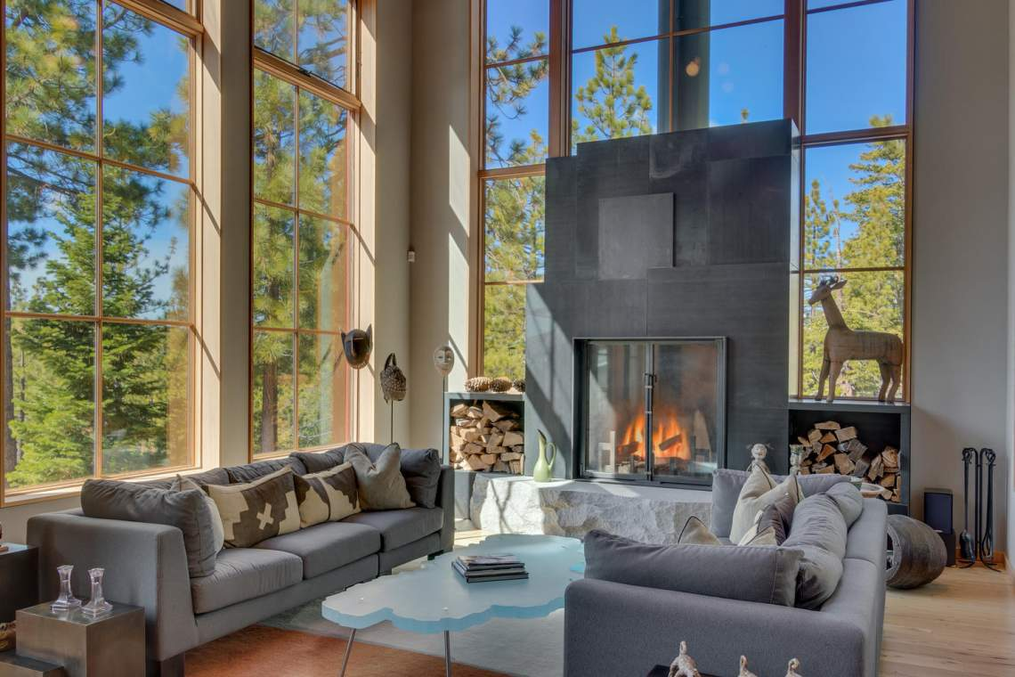 13005-Falcon-Point-Pl-Truckee-large-006-027-Living-Room-1500x1000-72dpi