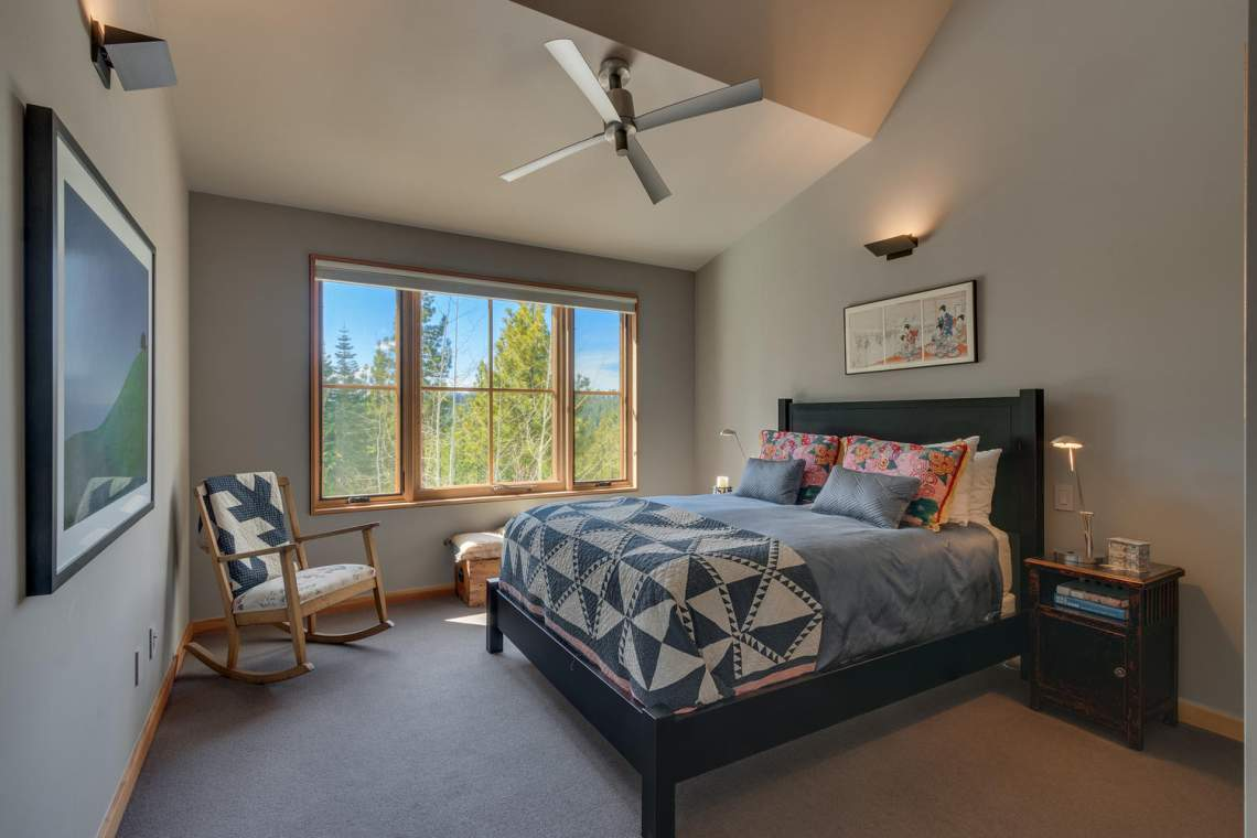 13005-Falcon-Point-Pl-Truckee-large-025-017-Bedroom-1500x1000-72dpi