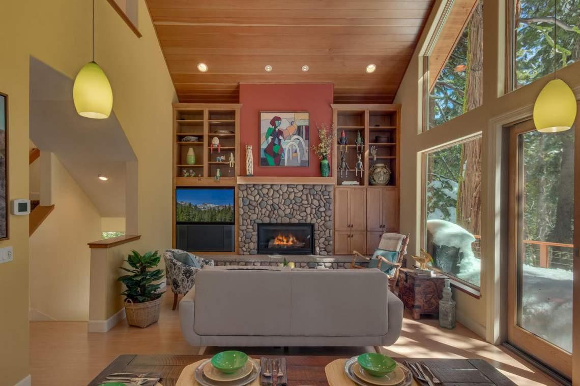 194-Simplon-Pass-Rd-Homewood-large-003-005-Living-Room-1500x1000-72dpi