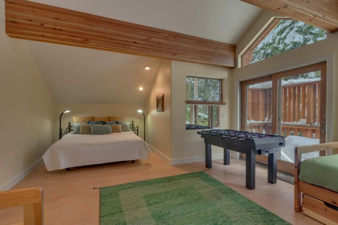 194-Simplon-Pass-Rd-Homewood-large-010-021-Loft-Bonus-RoomBedroom-1500x1000-72dpi