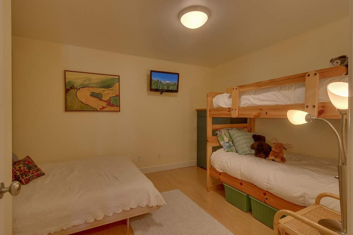 194-Simplon-Pass-Rd-Homewood-large-018-022-Lower-Level-BedroomStorage-4-1500x1000-72dpi