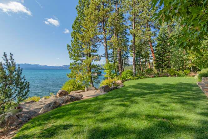 2200-N-Lake-Blvd-Tahoe-City-CA-small-028-027-Backyard-666x444-72dpi