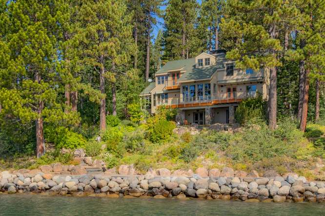 2200-N-Lake-Blvd-Tahoe-City-CA-small-032-003-Back-Exterior-666x444-72dpi