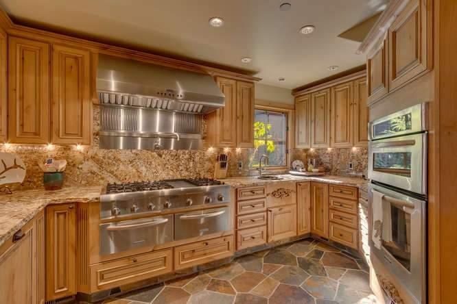 5019 California St Carnelian-small-018-24-Kitchen-666x445-72dpi