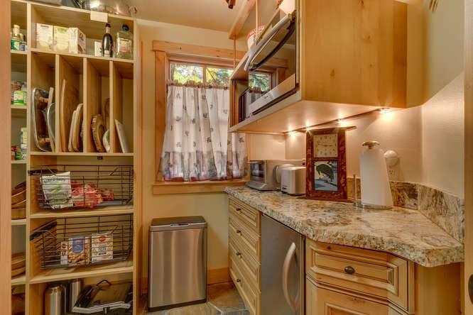 5019 California St Carnelian-small-020-25-Kitchen-666x444-72dpi