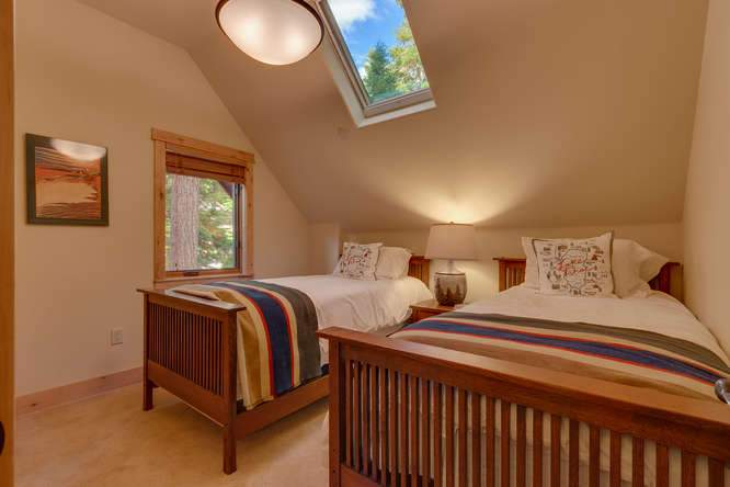 5019 California St Carnelian-small-025-17-Bedroom-666x445-72dpi