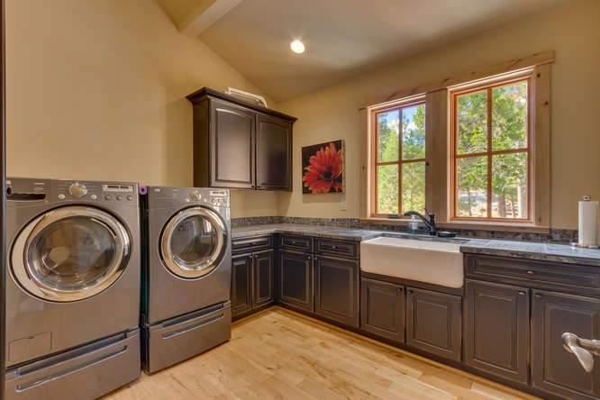 5019 California St Carnelian-small-032-22-Laundry-666x444-72dpi