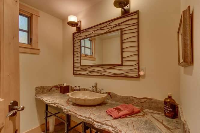 5019 California St Carnelian-small-033-20-Half Bathroom-666x444-72dpi