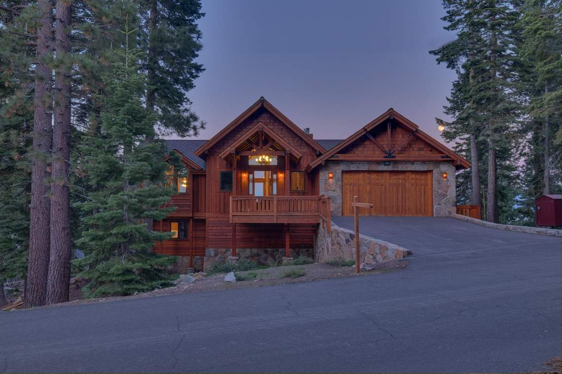 571-Lakeridge-Dr-Meeks-Bay-CA-large-032-027-Front-Exterior-at-Dusk-1500x1000-72dpi