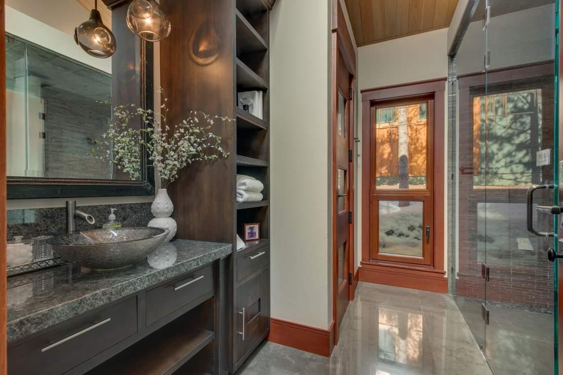 91-Winding-Creek-Rd-Olympic-large-020-024-Master-Bathroom-1500x1000-72dpi