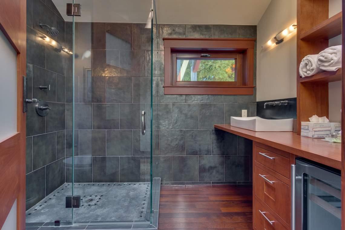 91-Winding-Creek-Rd-Olympic-large-027-022-Bathroom-1500x1000-72dpi