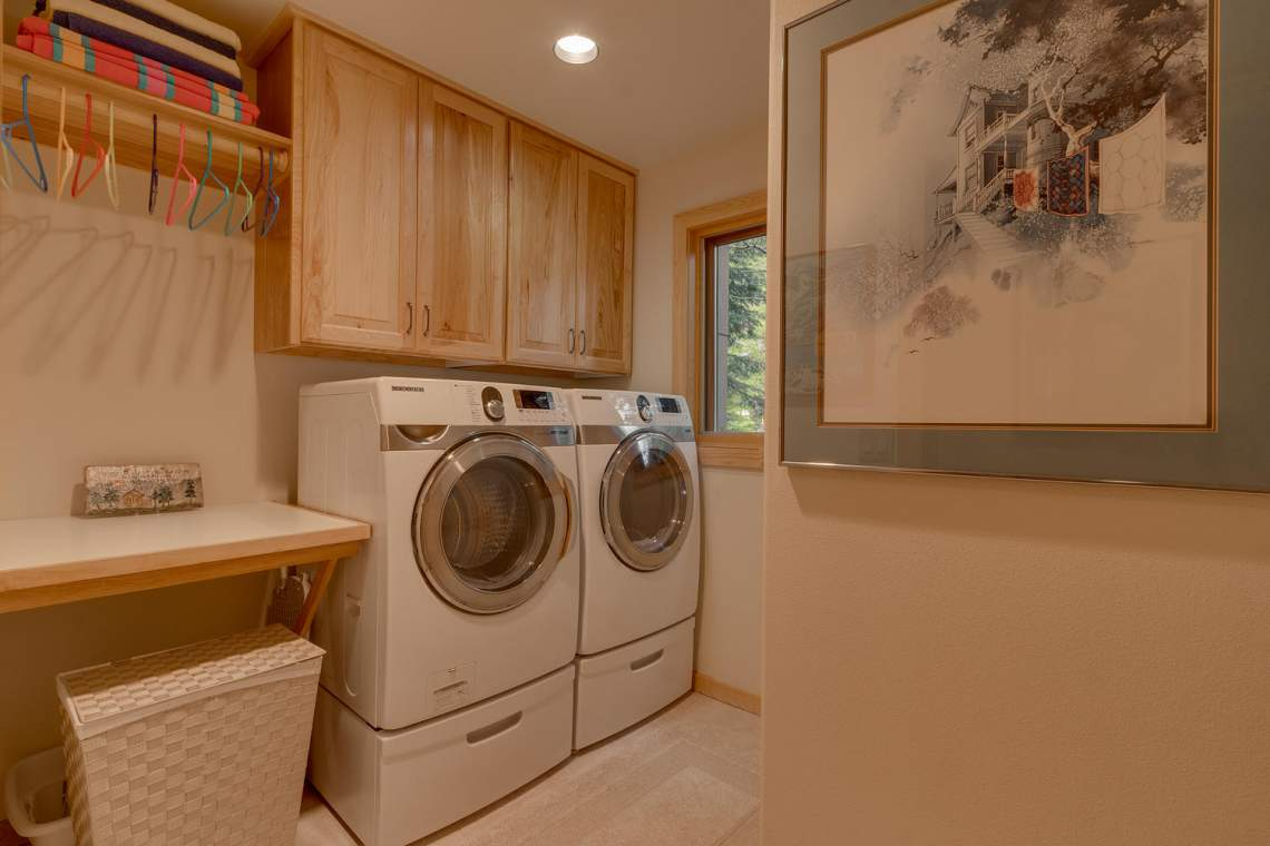 1581 Zurs Ct Alpine Meadows CA-large-031-17-Laundry-1500x1000-72dpi