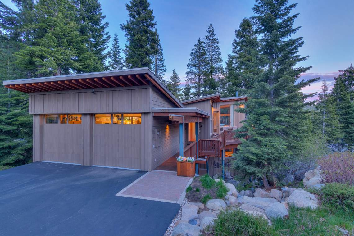 1581 Zurs Ct Alpine Meadows CA-large-038-33-Dusk Exterior-1500x1000-72dpi