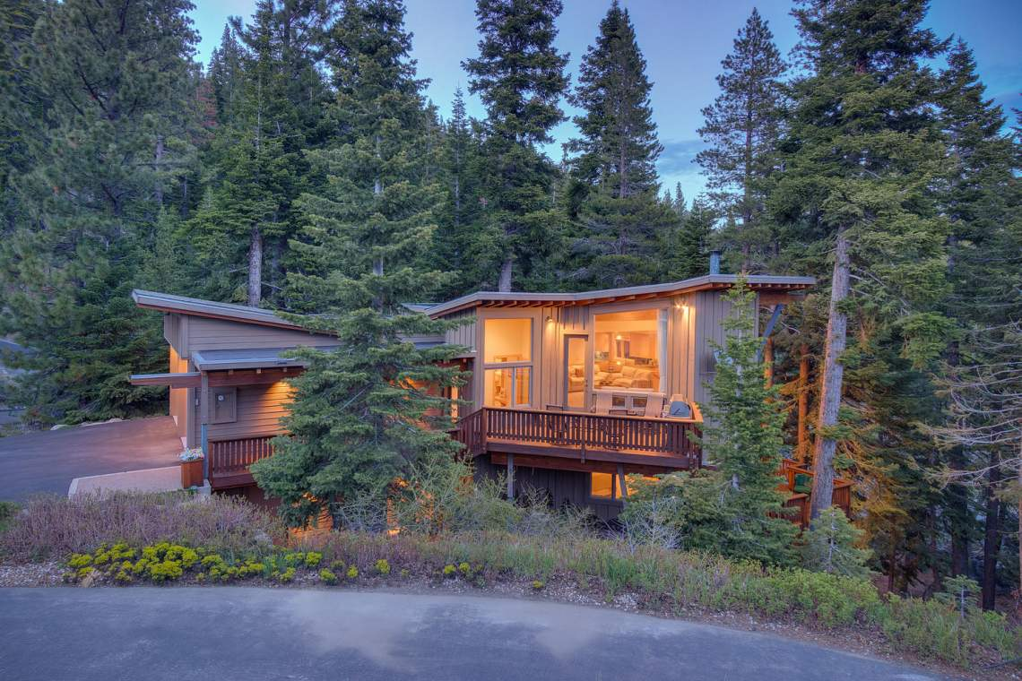 1581 Zurs Ct Alpine Meadows CA-large-041-7-Dusk Exterior-1500x1000-72dpi