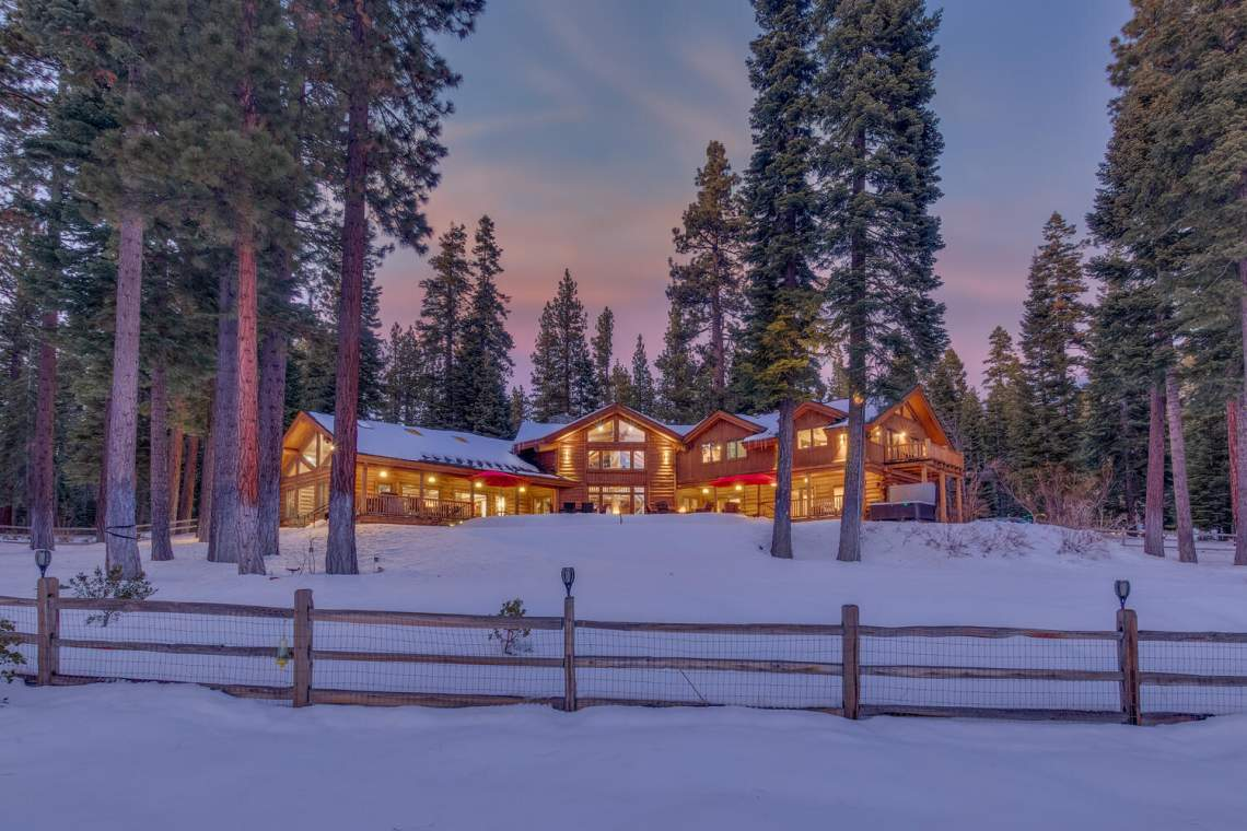 2900-Polaris-Rd-Tahoe-City-CA-large-001-014-Back-Exterior-Dusk-1500x1000-72dpi