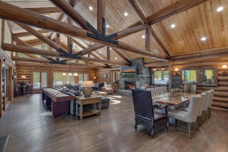 2900-Polaris-Rd-Tahoe-City-CA-large-012-021-Living-Room-1500x1000-72dpi