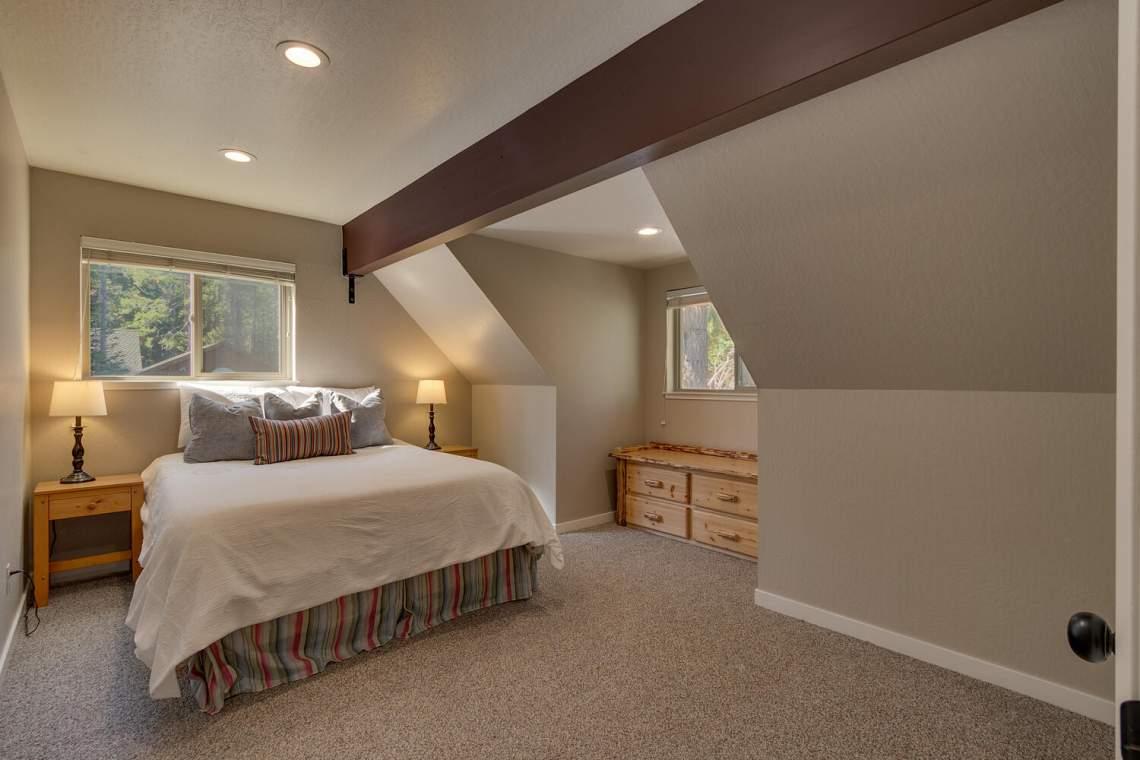 14130-Tyrol-Rd-Truckee-CA-large-013-012-Bedroom-1500x1000-72dpi