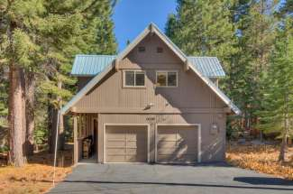 Charming Tahoe Donner Cabin