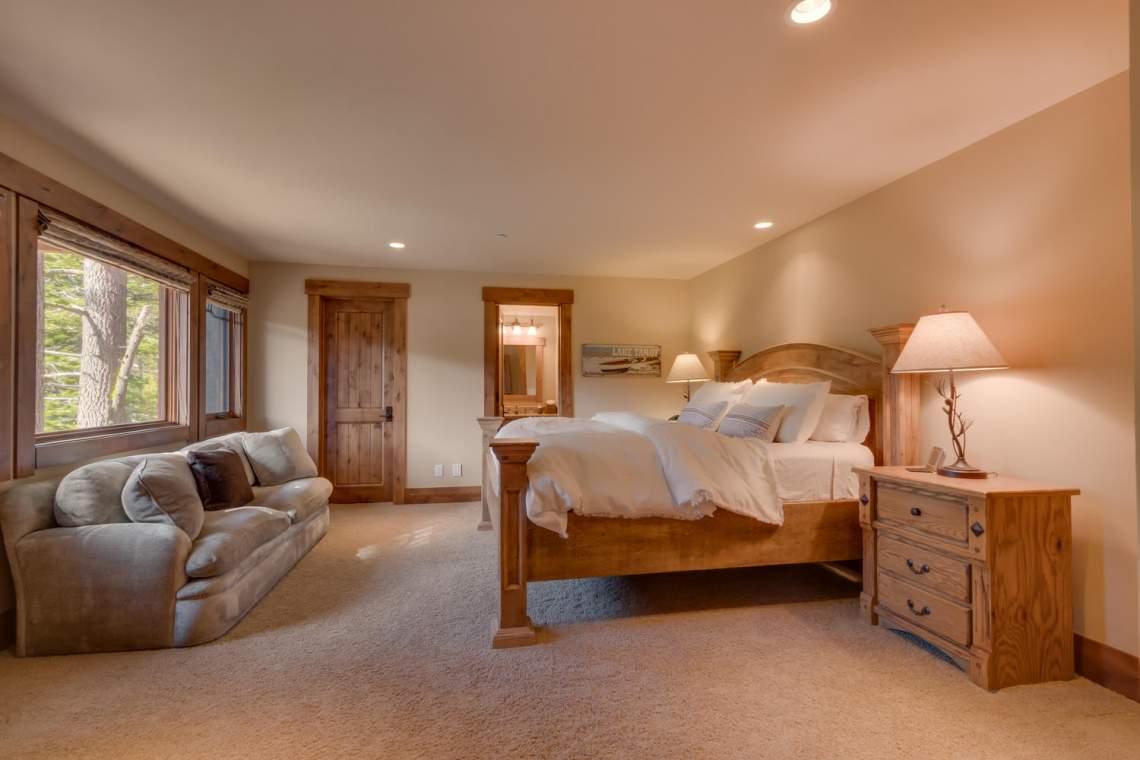 115 Creekview Ct  3950000-large-001-98-Bedroom En suite-1500x1000-72dpi