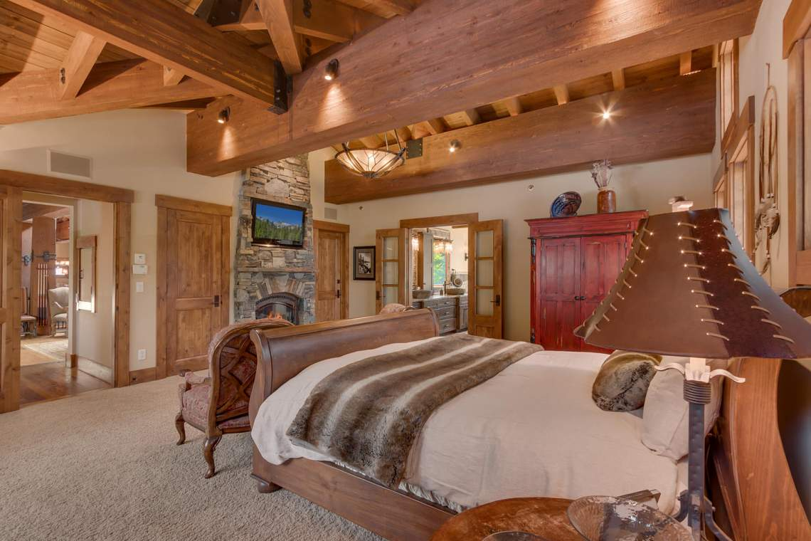 115 Creekview Ct  3950000-large-008-97-Master Bedroom Ensuite-1500x1000-72dpi
