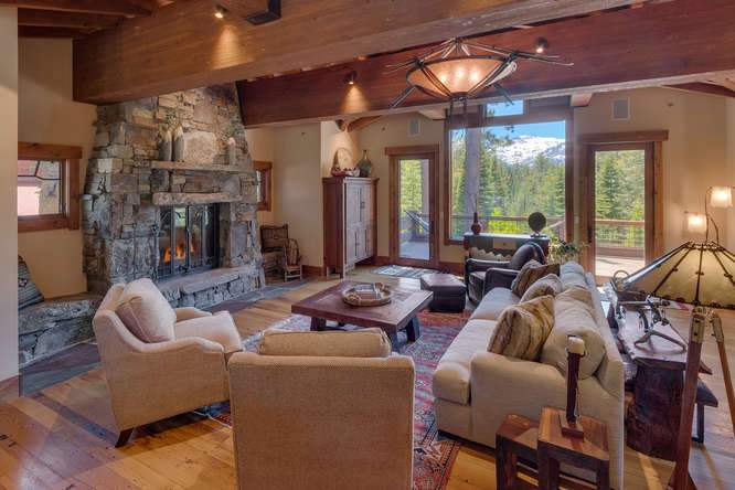 115 Creekview Ct 3950000-small-006-62-Great Room-666x444-72dpi