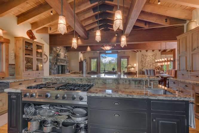 115 Creekview Ct 3950000-small-012-75-Kitchen-666x444-72dpi