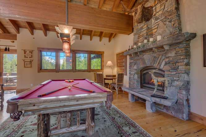 115 Creekview Ct 3950000-small-017-76-Great Room-666x444-72dpi