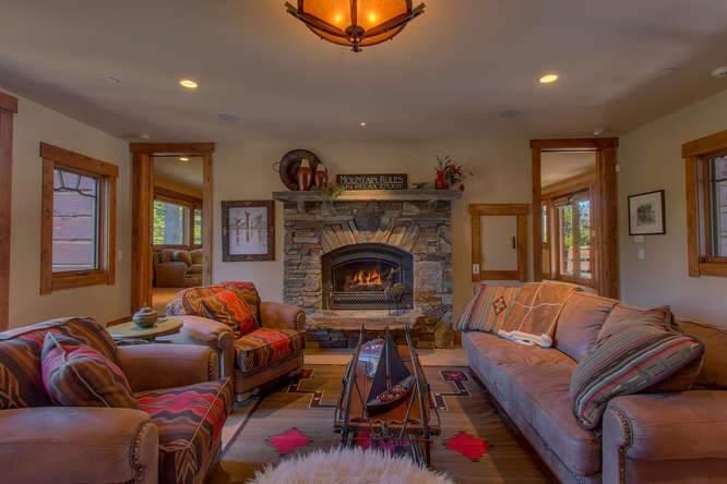 115 Creekview Ct 3950000-small-029-59-Family Room-666x444-72dpi