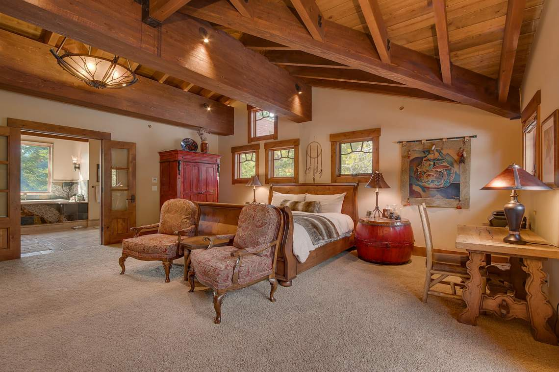 115 Creekview Ct  Master Bedroom Ensuite-1500x1000-72dpi