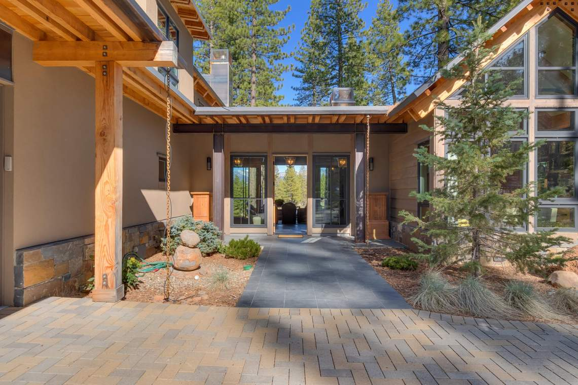 9269 Heartwood Dr Truckee CA-large-014-30-Front Exterior-1500x1000-72dpi