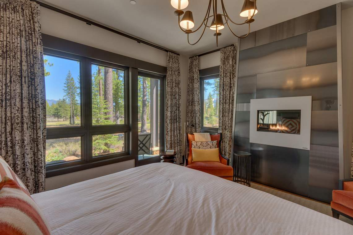 9269 Heartwood Dr Truckee CA-large-021-13-Master Bedroom Ensuite-1500x1000-72dpi