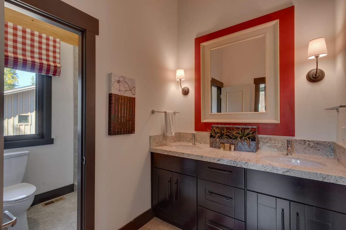 9269 Heartwood Dr Truckee CA-large-027-8-Bathroom-1500x1000-72dpi