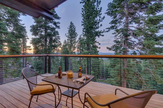 19040 Glades Pl Truckee CA-small-02 Patio Sunset-666x444-72dpi