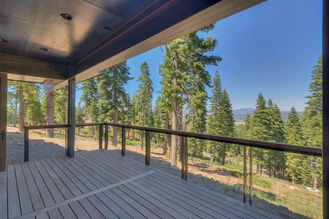 19040 Glades Pl Truckee CA-small-032-81-Patio-666x444-72dpi