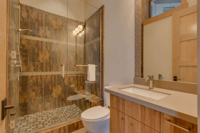19040 Glades Pl Truckee CA-small-048-76-Warming Hut Bathroom-666x444-72dpi