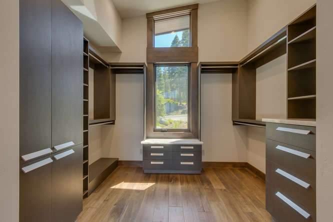 19040 Glades Pl Truckee CA-small-07 Master Closet-666x445-72dpi