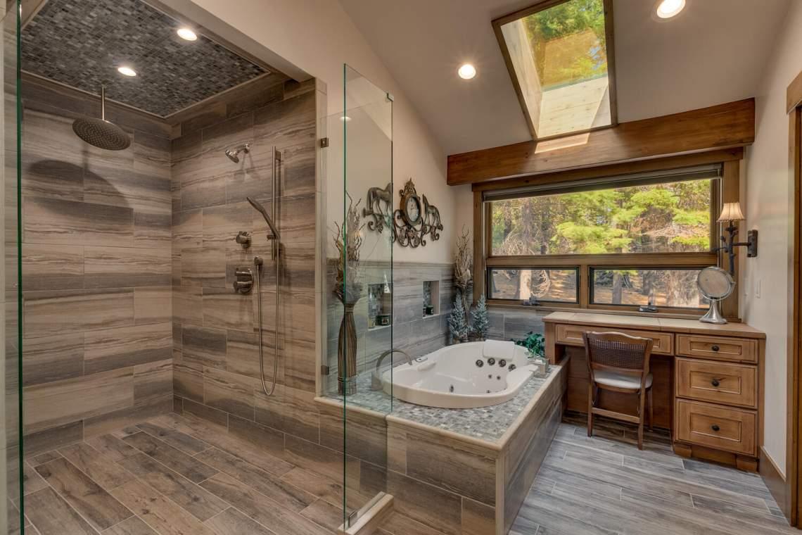 12373-Greenleaf-Way-Truckee-CA-large-027-036-Primary-Bathroom-1500x1000-72dpi