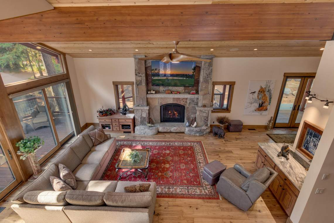 12373-Greenleaf-Way-Truckee-CA-large-037-033-Living-Room-1500x1000-72dpi