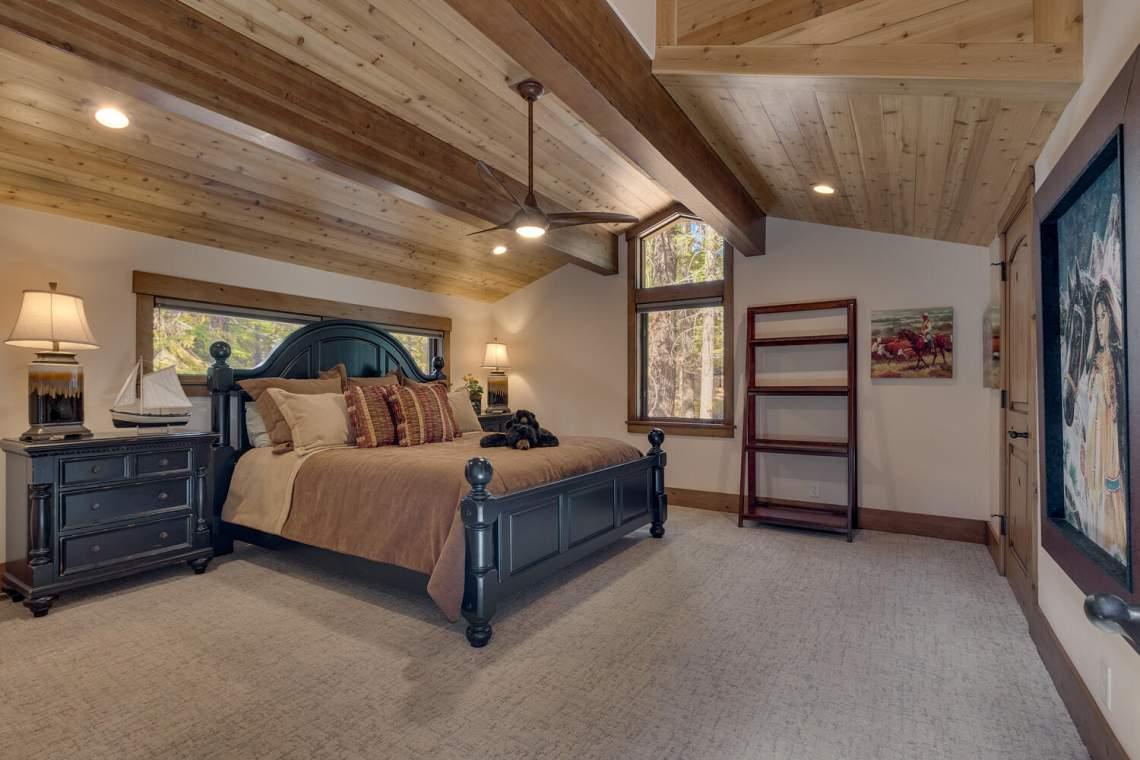 12373-Greenleaf-Way-Truckee-CA-large-042-027-Bedroom-1500x1000-72dpi