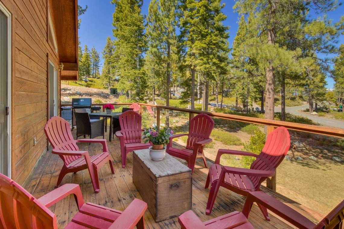 350-Lakeview-Dr-Tahoma-CA-large-008-022-Front-Deck-1500x1000-72dpi