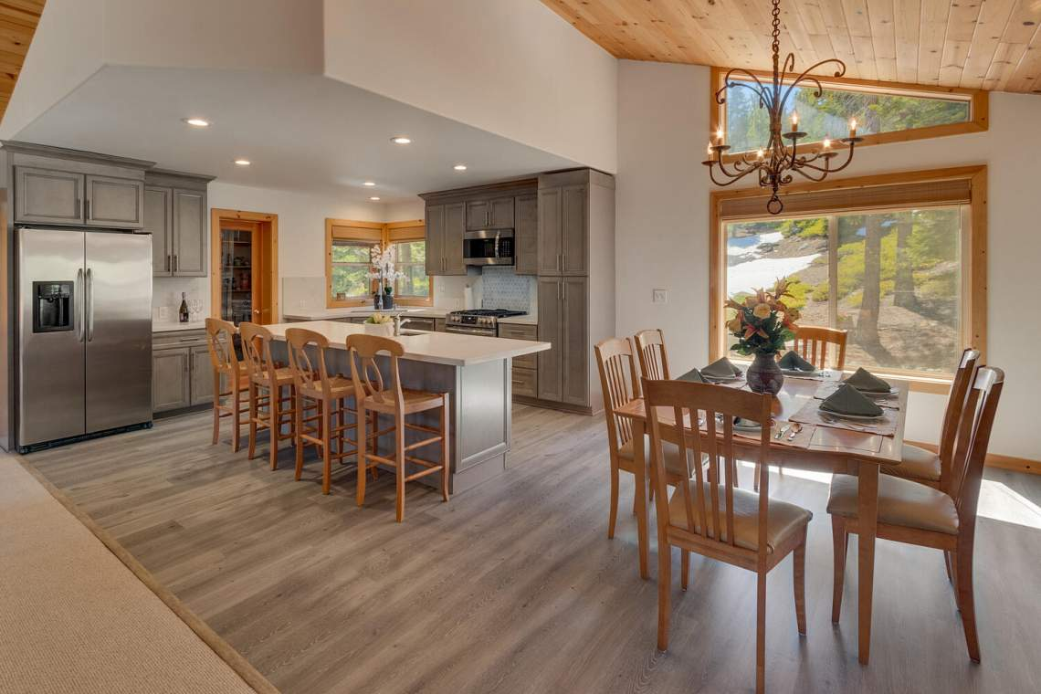 350-Lakeview-Dr-Tahoma-CA-large-013-017-Dining-RoomKitchen-1500x1000-72dpi