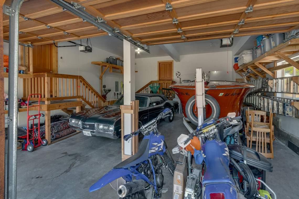 350-Lakeview-Dr-Tahoma-CA-large-029-025-Garage-1500x1000-72dpi