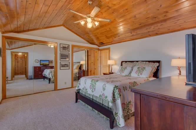 8193 Meeks Bay Ave Tahoma CA-small-004-10-Master Bedroom Ensuite-666x445-72dpi