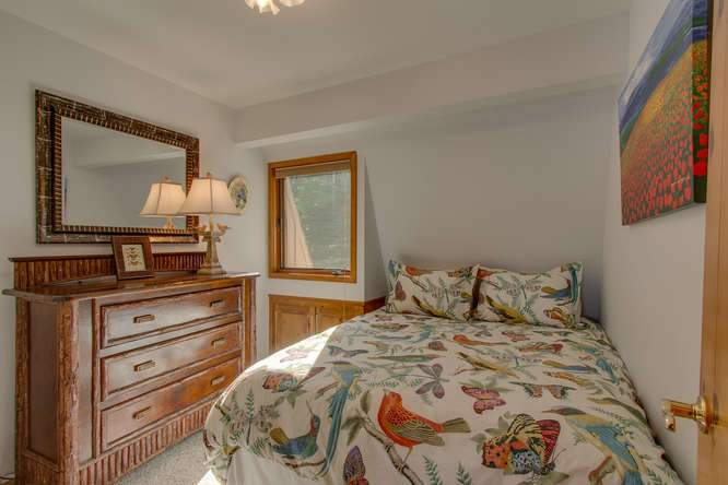 8193 Meeks Bay Ave Tahoma CA-small-010-25-Bedroom-666x444-72dpi