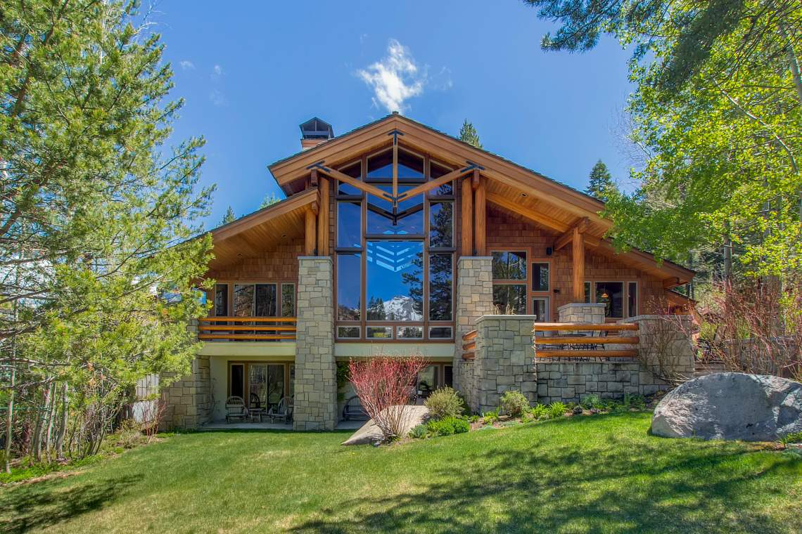 3022 Mountain Links Dr Olympic-print-009-Back Exterior-3997x2665-300dpi