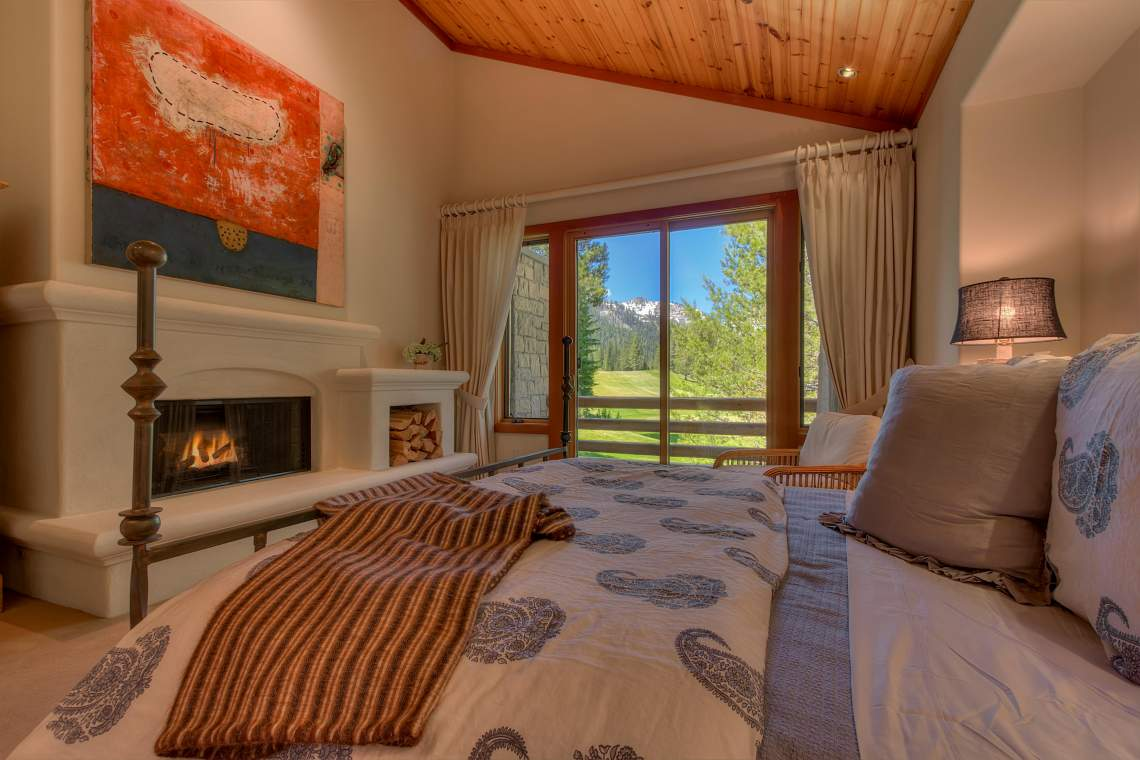 3022 Mountain Links Dr Olympic-print-023-Master Suite-4200x2800-300dpi